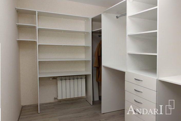 Угловая гардеробная с дверями-купе - Андари