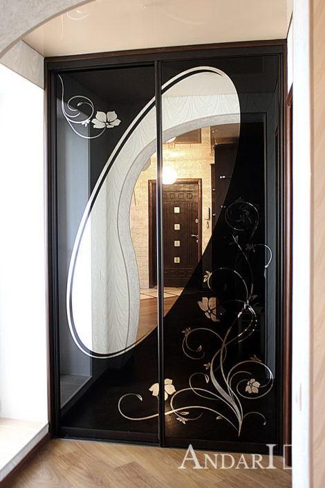 Встроенный шкаф-купе с рисунком лакобель андари
