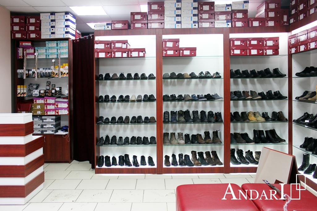 Стеллажи в магазине обуви ALADEN - Андари