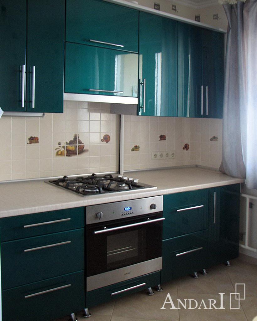 Прямая кухня с крашеными фасадами Андари