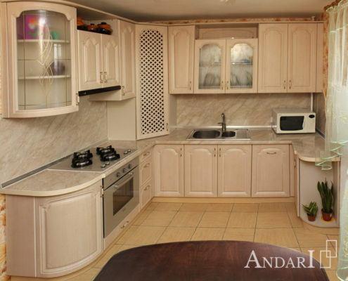 Угловая кухня в классическом стиле - Андари