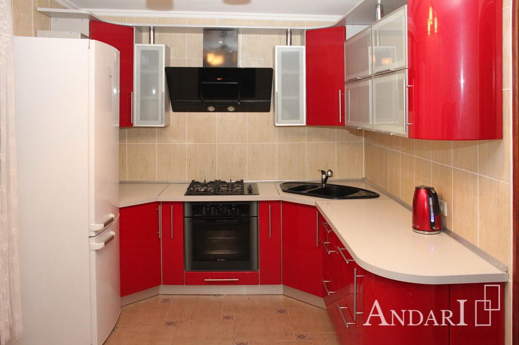 Угловая кухня с радиусными фасадами красная - Андари