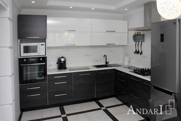 Угловая кухня с фасадом из пластика Андари