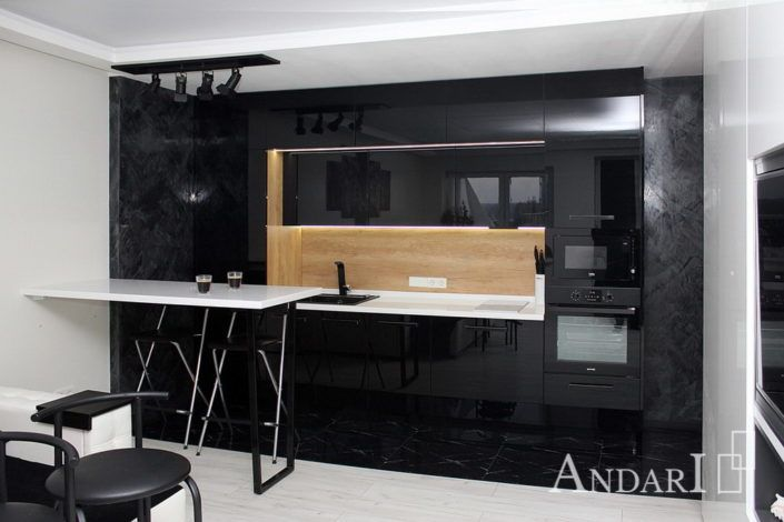 Прямая кухня в квартире-студии Андари