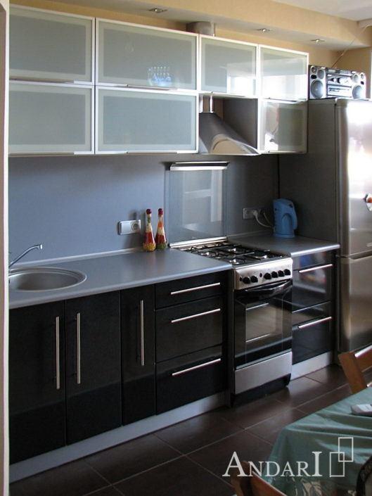 Прямая черная кухня - Андари