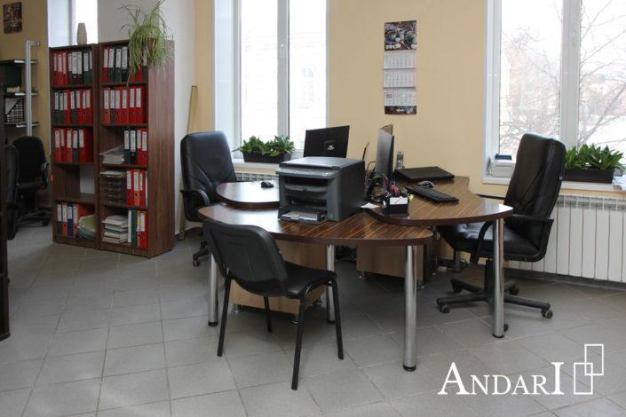 Офисная мебель в салоне Андари