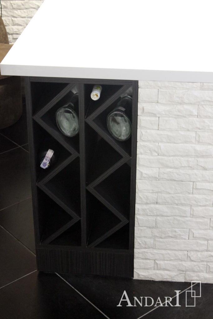 Полка для бутылок в нижнем ящике на кухне - Андари