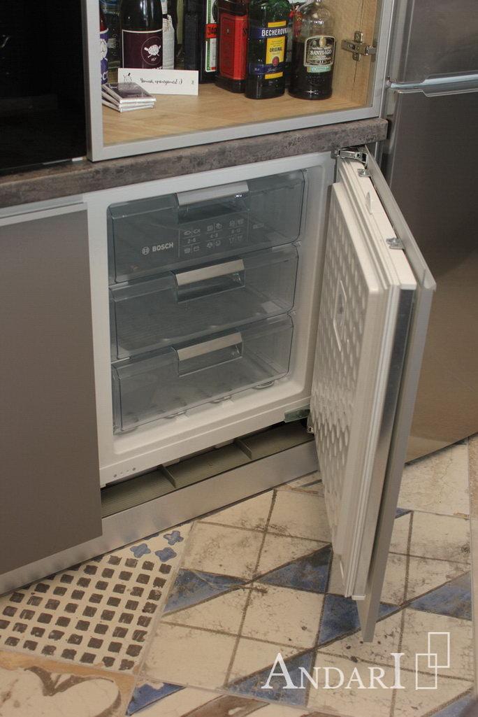 Встроенная морозильная камера Андари