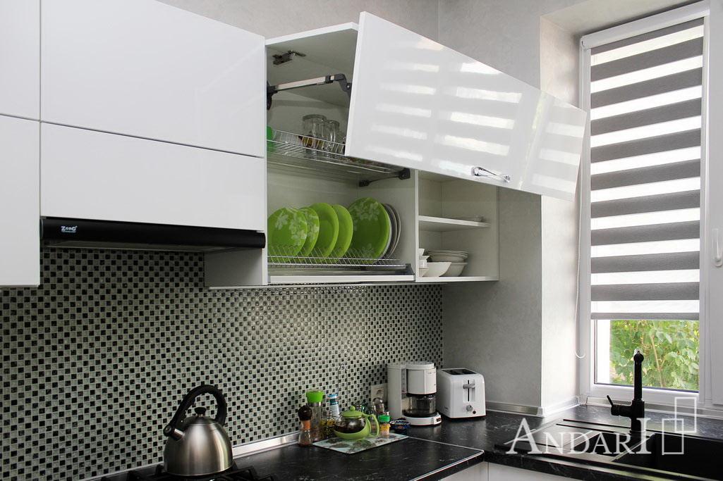 aventos HF на кухне Андари