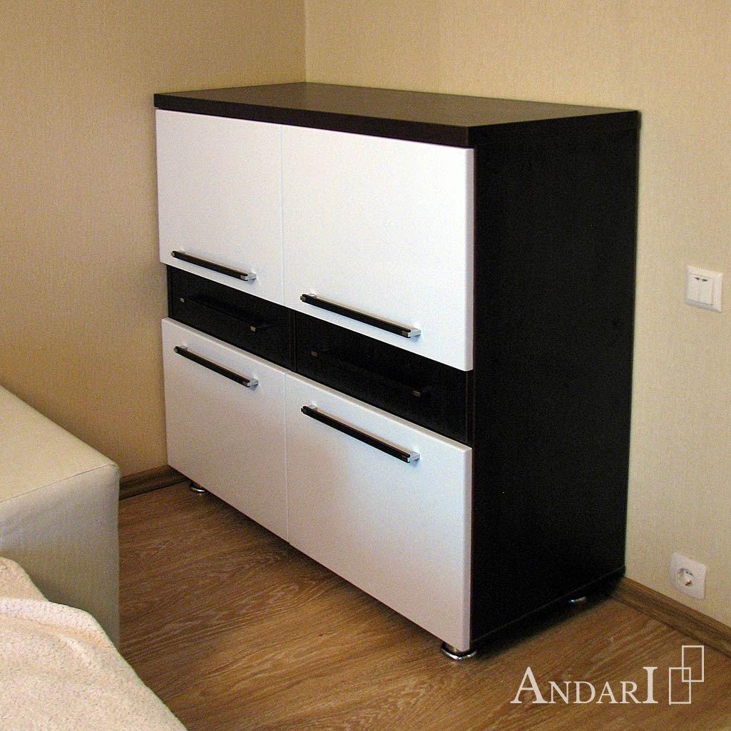 Комод в гостиной - Андари