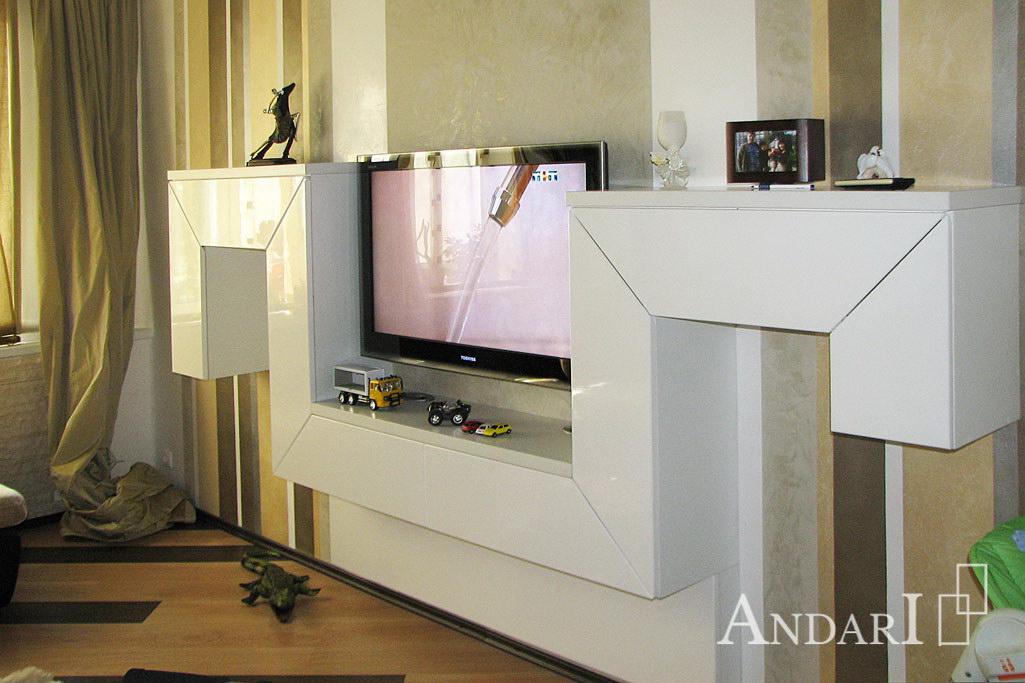 Гостиная с белым глянцевым фасадом - Андари