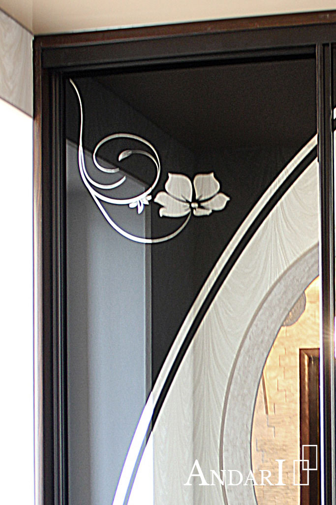 Рисунок на дверях шкафа-купе - Андари