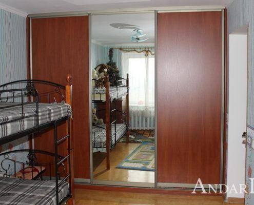 Встроенный шкаф-купе в детской - Андари