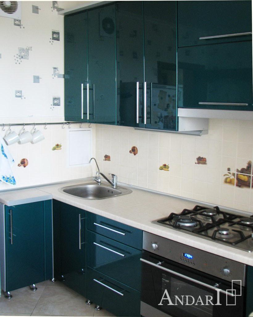 Прямая кухня с крашеными фасадами - Андари