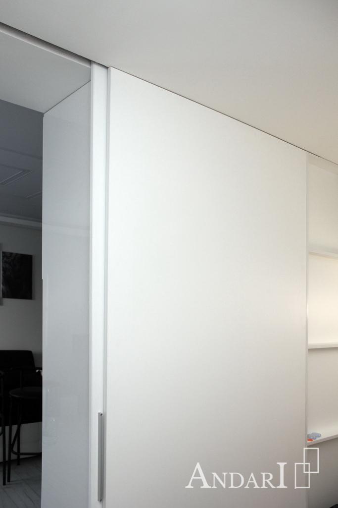 Раздвижная перегородка в квартире-студии - Андари