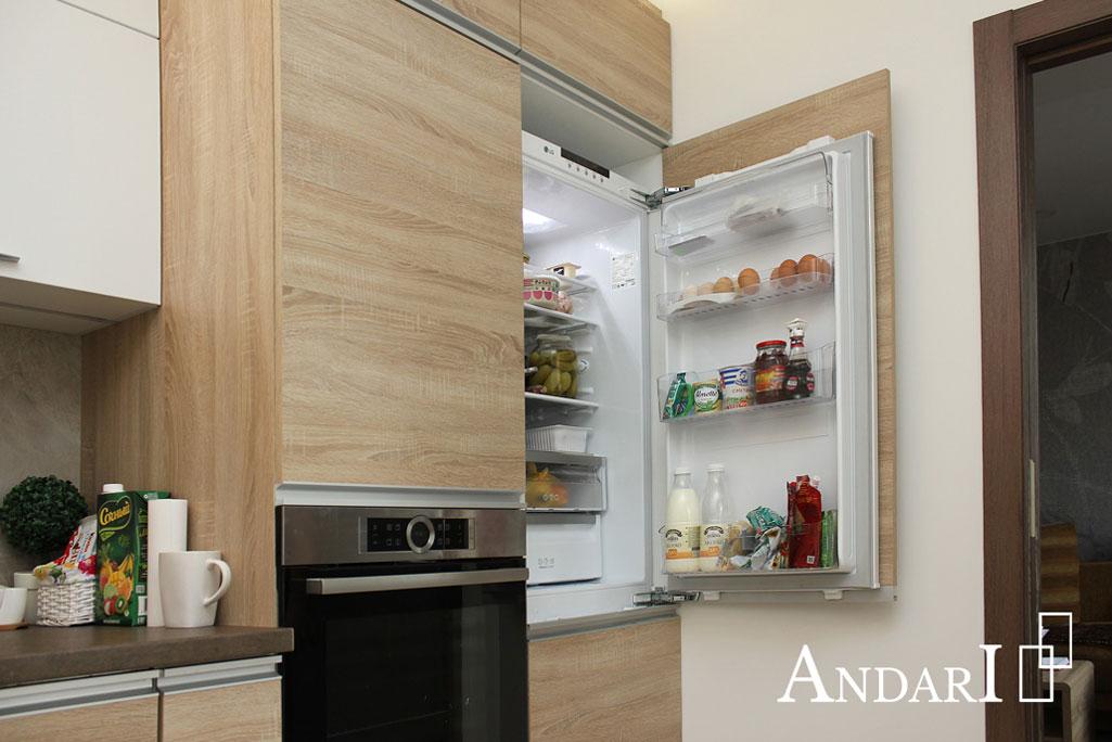 Встроенный холодильник на кухне - Андари