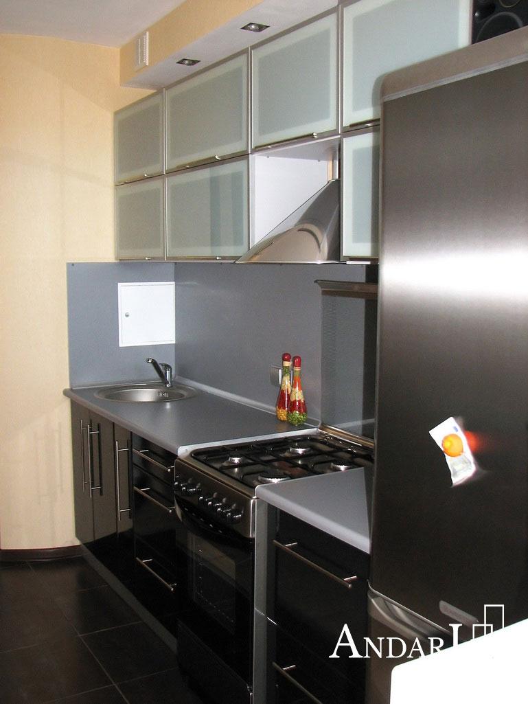 Стационарная газовая плита на кухне - Андари