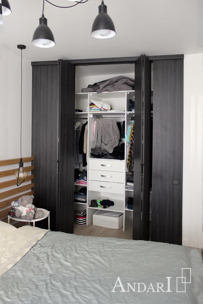 Гардеробная со складными дверями - наполнение - Андари