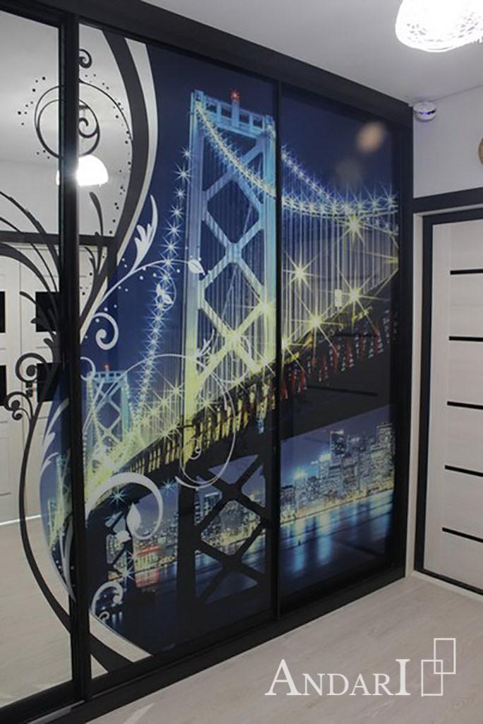Трехдверный шкаф-купе с УФ-фотопечатью «Ночной город» - Андари