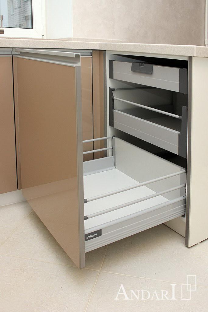 Внутренние ящики с релингами Tandembox / Blum - Андари