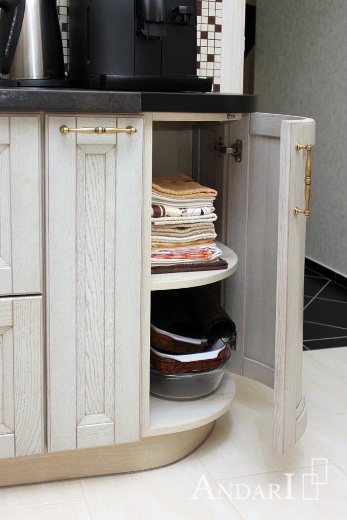 Радиусный фасад в угловой кухне - Андари