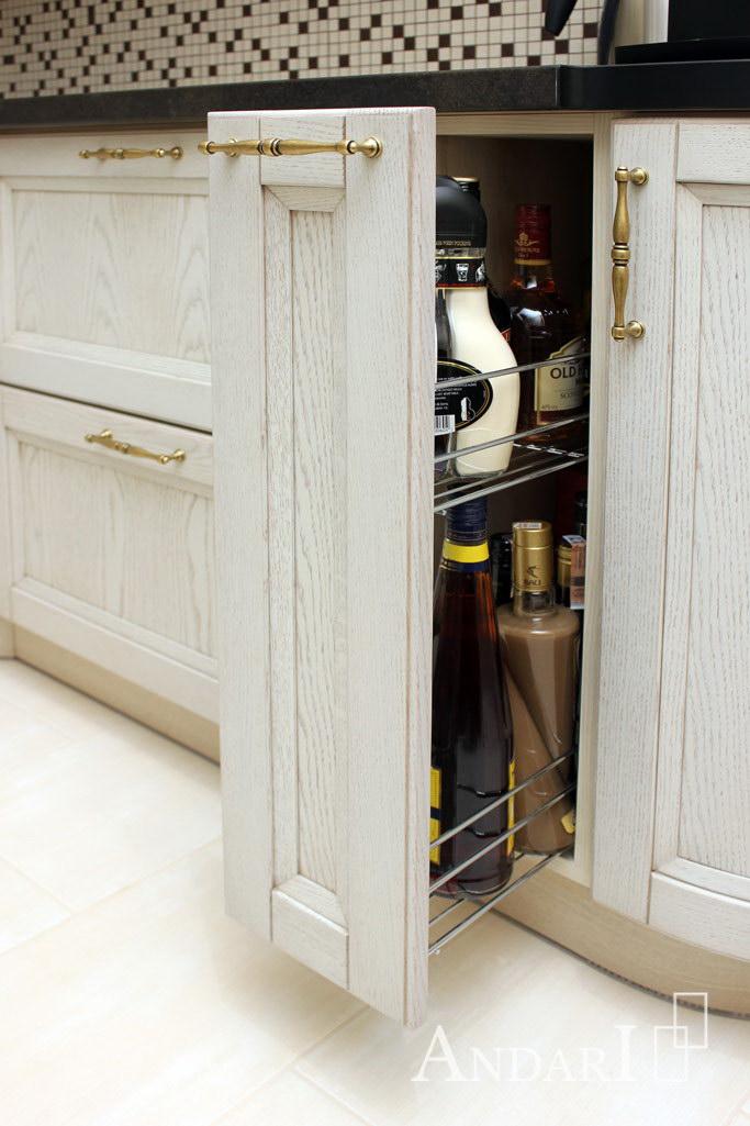 Карго хром в угловой кухне - Андари