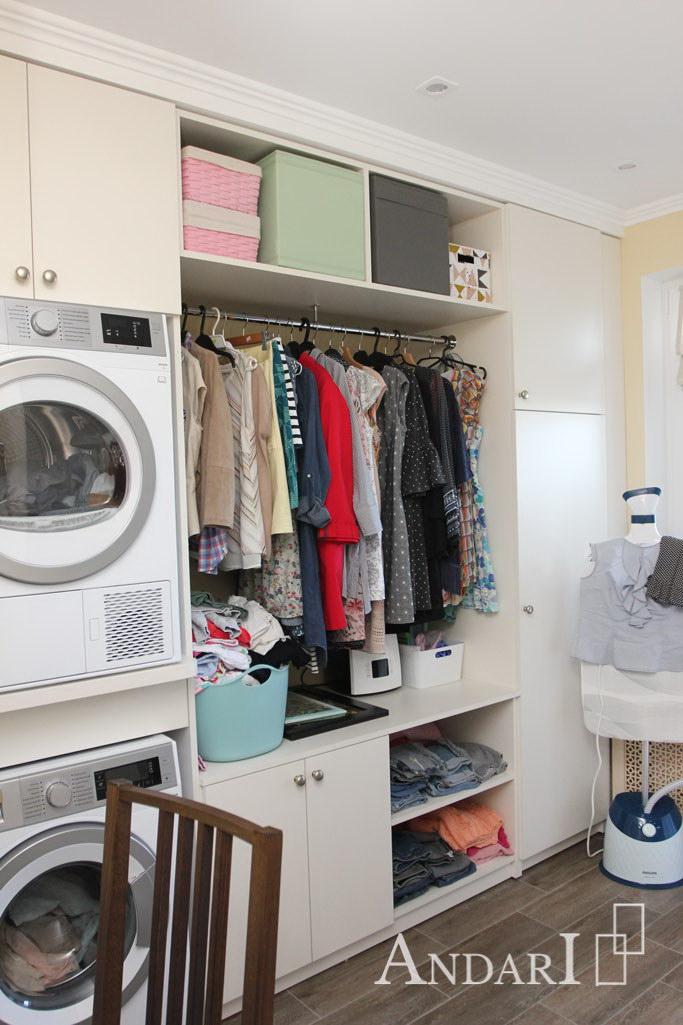 Шкаф-стеллаж с распашными фасадами в гардеробной - Андари