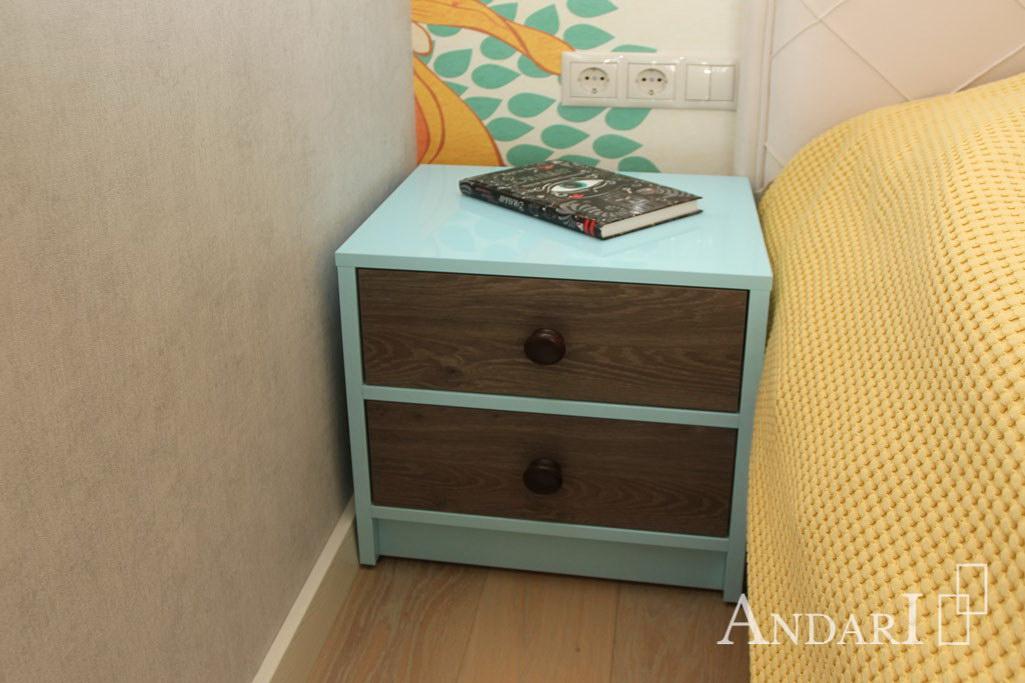 Прикроватная тумба в наборе мебели для спальни. Андари - мебель для спальни на заказ