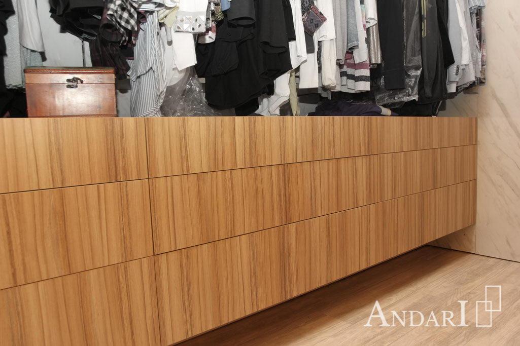 Выдвижные ящики в гардеробной - Андари