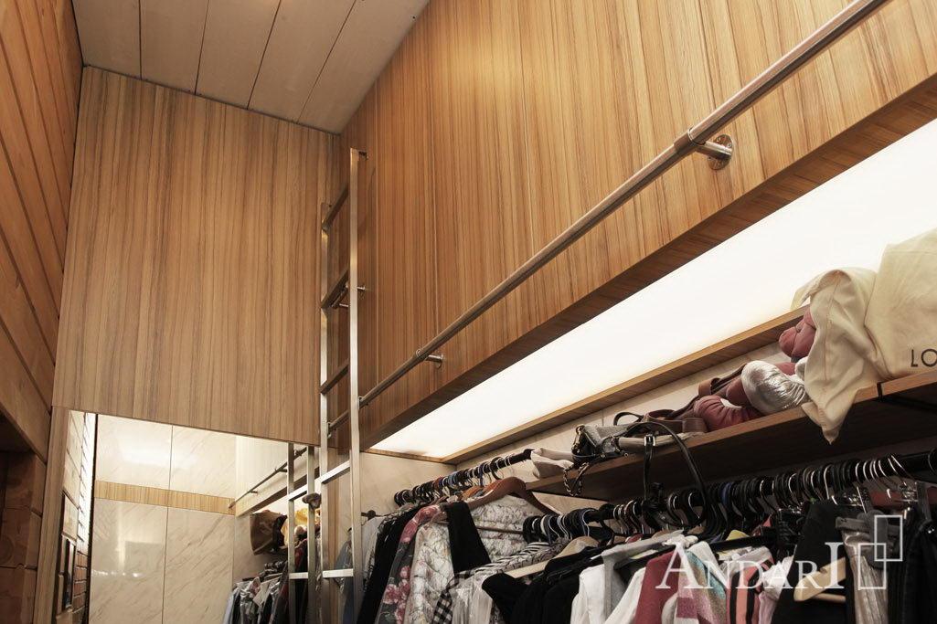 Передвижная лестница в гардеробной - Андари