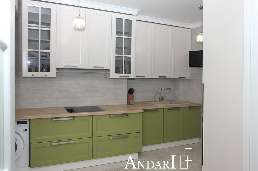 Прямая зеленая кухня из крашеного мдф