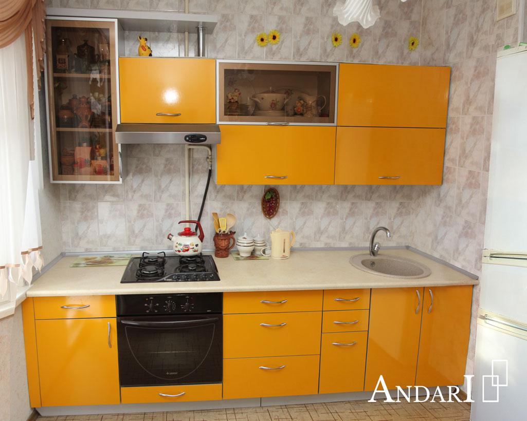 Прямая желтая кухня с фасадами из пластика - Андари