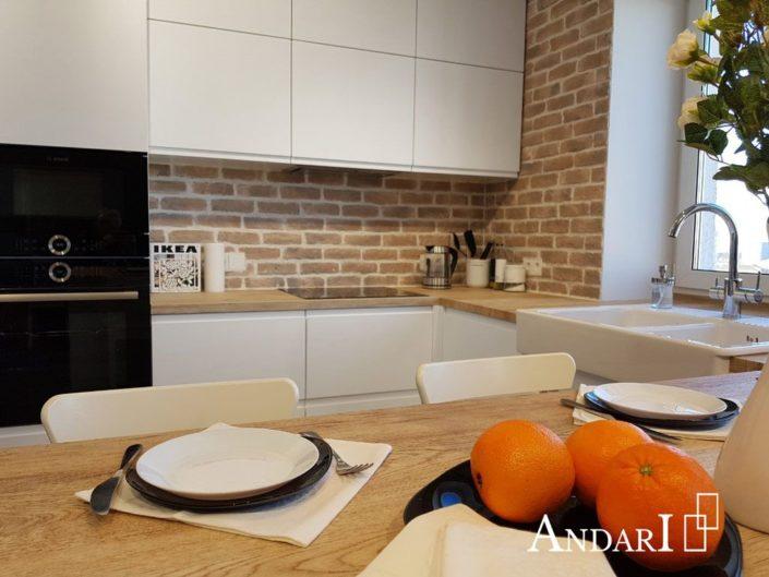 Белая П-образная кухня. Угловая кухня, полуостровная кухня