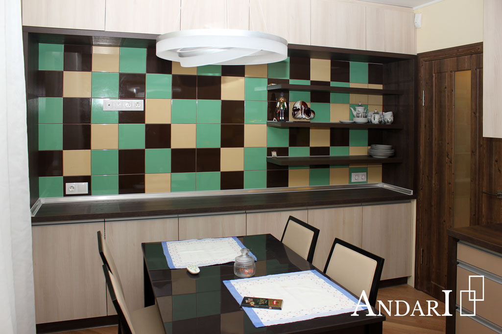 Зона хранения с декоративными полками на кухне - Андари