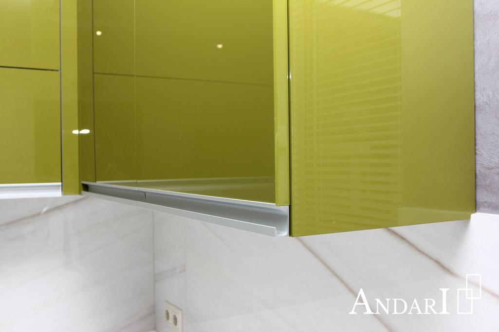 Верхние ящики угловой кухни с профильными ручками - Андари