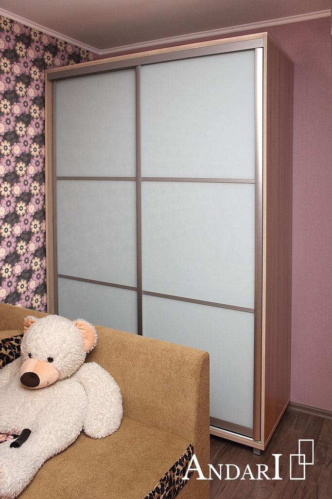 Двухдверный шкаф-купе в детской комнате - Андари