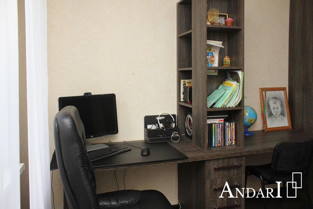 Детская комната для двух мальчиков: компьютерный стол - Андари