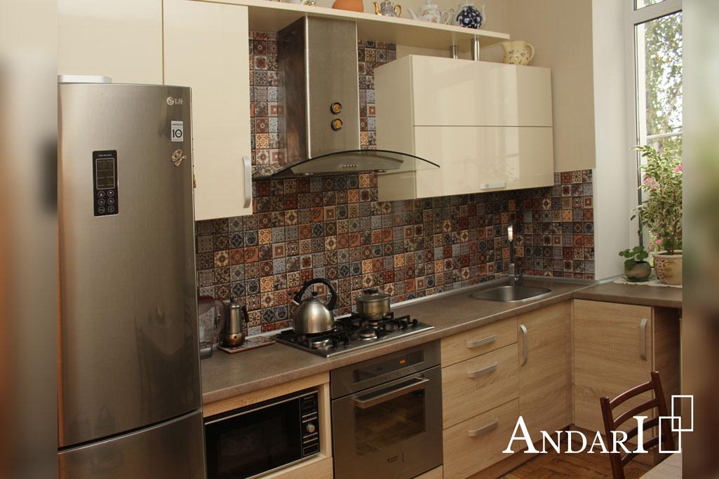 Прямая кухня в квартире