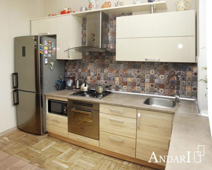 Прямая кухня с обеденным столом - Андари