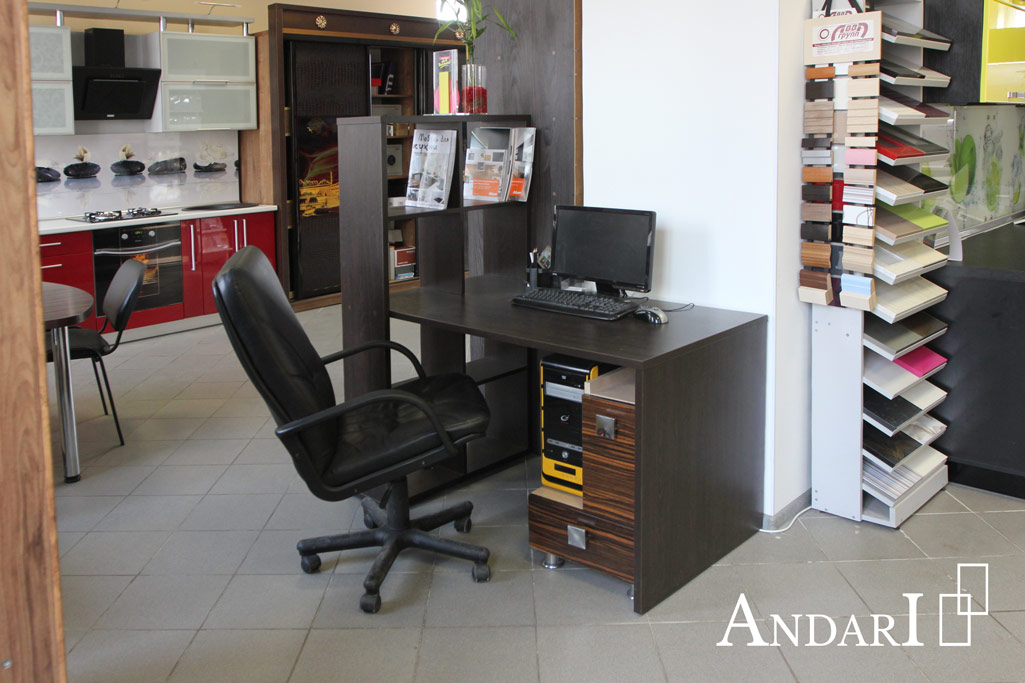 Офисный стол со стеллажом - Андари